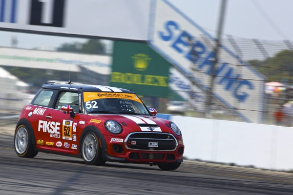 MINI John Cooper Works team finishes well on its first outing at Sebring